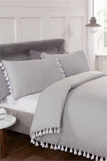 Double Tassel Duvet Cover Set
