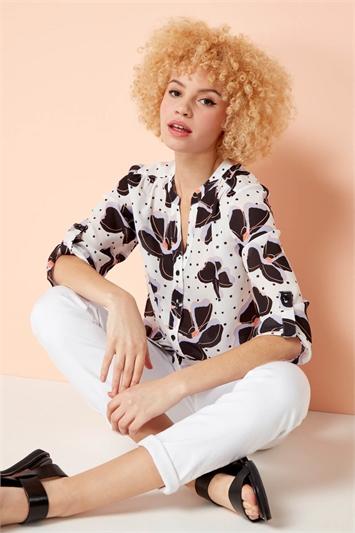 Contrast Spot Floral 3/4 Sleeve Shirt
