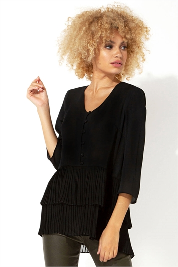 3/4 Sleeve Pleated Button Front Top