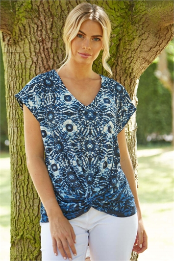 Abstract Print Knot Front Top