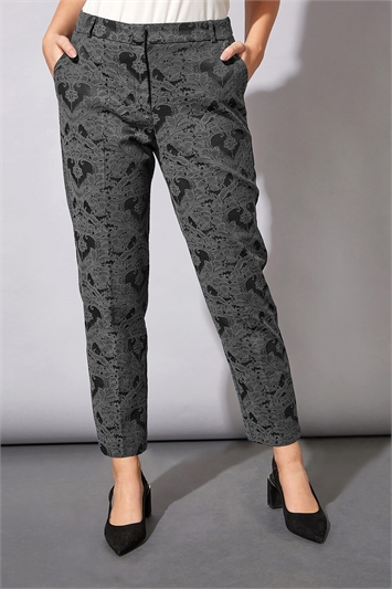 Jacquard Tapered Trouser
