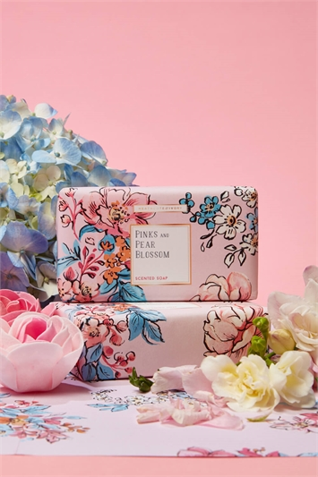 Heathcote & Ivory - Pinks & Pear Blossom 240G Scented Soap, Image 1 of 2