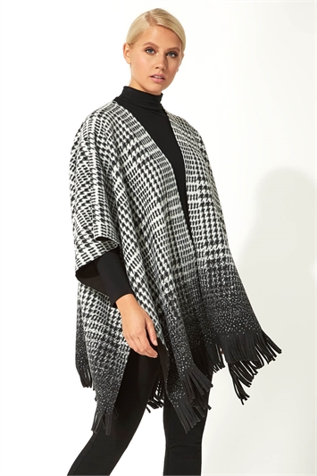 Houndstooth Fringed Wrap