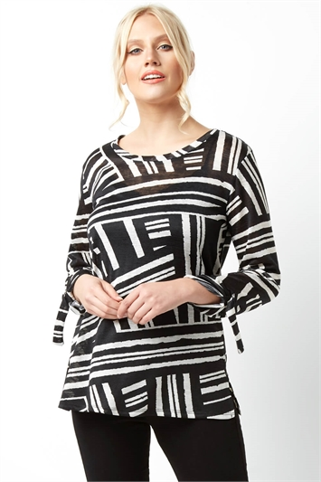 Monochrome Stripe 3/4 Sleeve Top