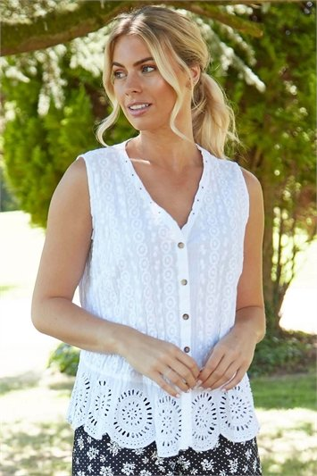 Eyelet Detail Embroidered Crinkle Blouse