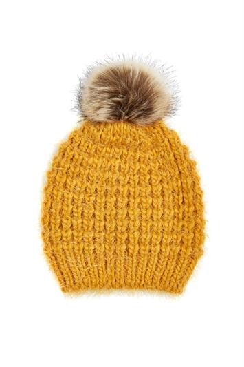 Chunky Knit Pom Pom Hat