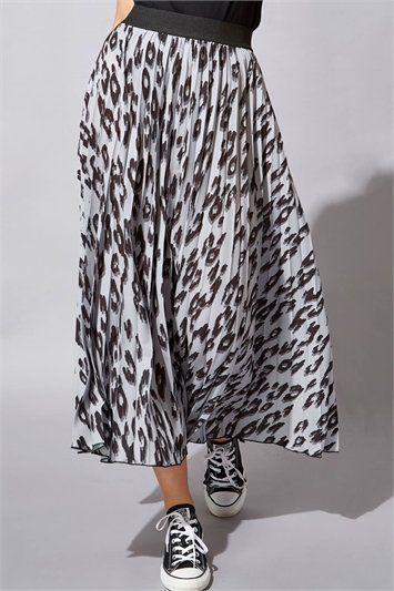 Animal Printed Pleated Maxi Skirt