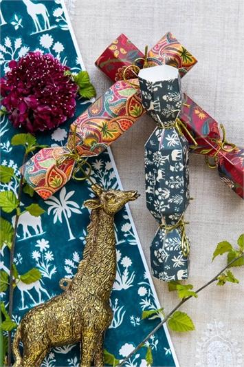 Wine Heathcote & Ivory Wild Wonder & Joy Bath Bomb Crackers Set