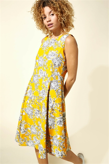 Floral Print Pleat Swing Dress