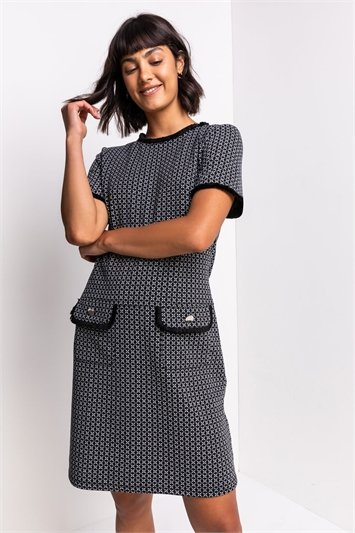 Black Textured Pocket Shift Dress
