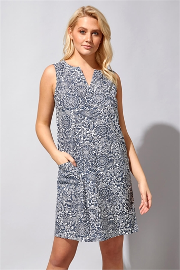 Floral Pocket Shift Dress