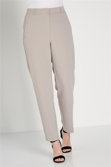 Tailored Pleated Trouser