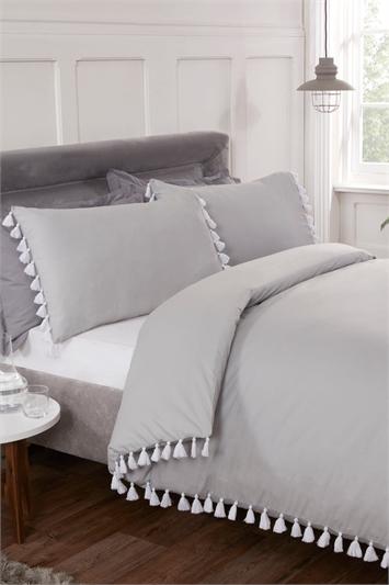 Grey King Size Tassel Duvet Cover Set, Image 1 of 1