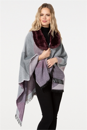 One Size Faux Fur Check Shawl