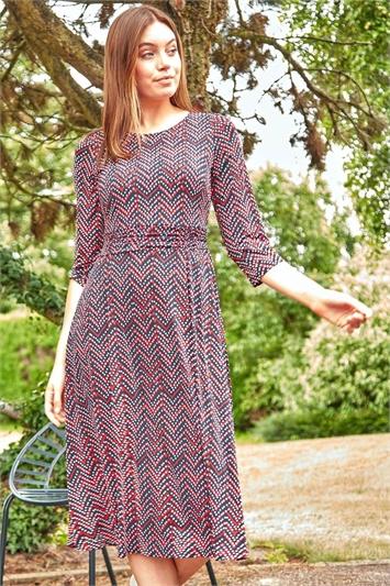 Zig Zag Print Midi Dress