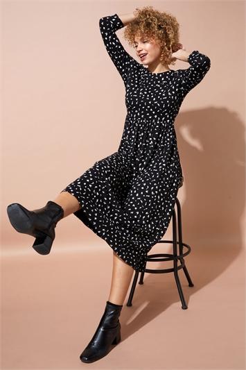 Abstract Spot Tiered Midi Dress