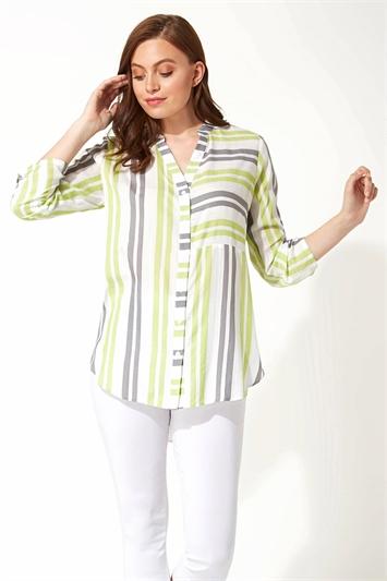Contrast Stripe Print Shirt