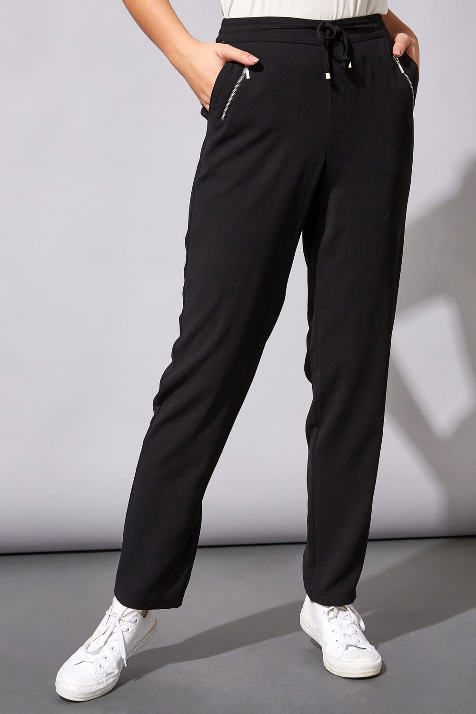 "Roman Originals 25"" Tie Front Jogger in Black"